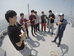 かごしま丸が早稲田大学及び本学法文学部の学生を対象とした共同利用乗船実習を実施しました