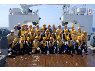 KG1608航海の集合写真