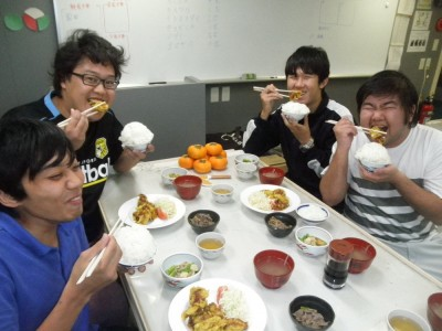 大食漢4人衆