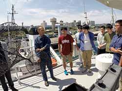 内山船長による海上交通法規の講義