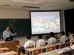 「ドリーム桜島タイム」体験活動で東桜島中学校の生徒さんが見学されました